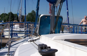 Jacht Pegaz 737 wynajem jachtów na Mazurach